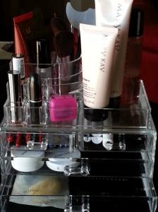 Acrylic Makeup Cosmetics Organizer Luxury Crystal Insert Holder Box www.amazon.com
