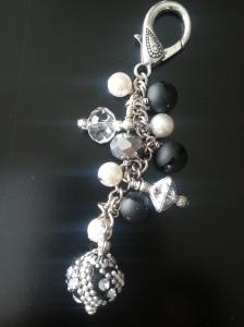 Black & White cane charm www.brailledesign.com