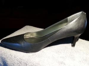 Monet Black Leather Kitten Heels